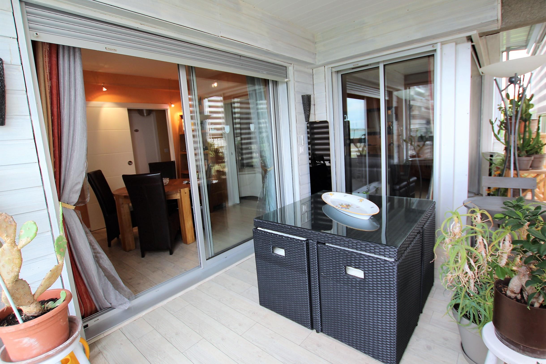 achat appartement la rochelle appartement vue mer. Black Bedroom Furniture Sets. Home Design Ideas