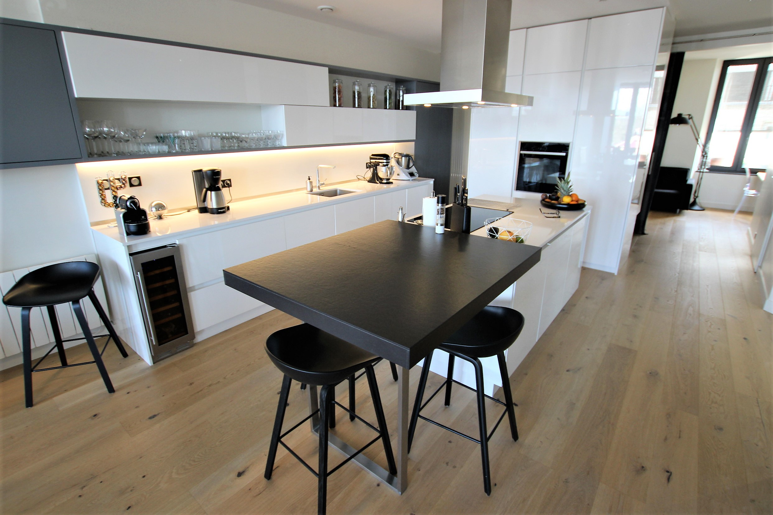 achat appartement tr s bel appartement centre ville. Black Bedroom Furniture Sets. Home Design Ideas